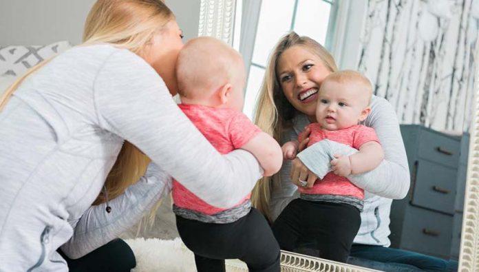 blog-brinquedos-didaticos-A formação da personalidade Ensine a atividade do espelho para crianças entre 1 e 2 anos