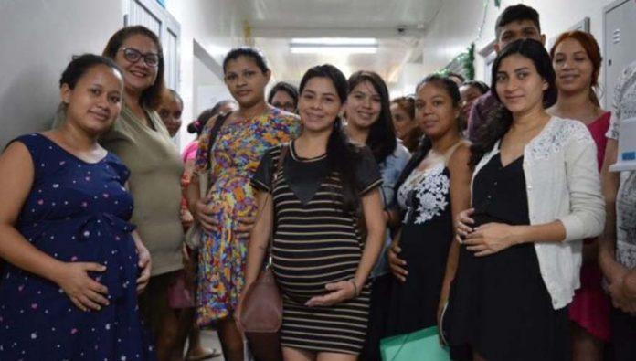 blog-brinquedos-didaticos-gestantes em pré-natal conhecem maternidade onde vão ter bebê